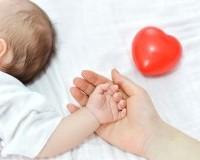 Хүүхэд болон жирэмсэн эхчүүдийн эрүүл мэндэд онцгой анхаарахыг даалгасан байна